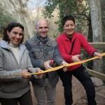 Neus Marrodan, Sergi Mingote i Maite Carrillo tallant la cinta