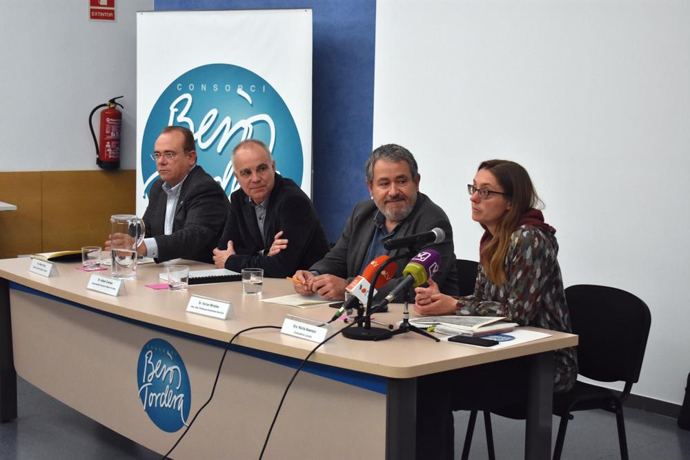 D'esquerra a dreta: Albert Solà, gerent del Consorci; Albert Camps, vicepresident; Ferran Miralles, director general de Polítiques Ambientals, i Núria Asensio, de Lavola, en un moment de la presentació.